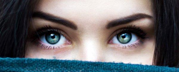 green_eyes_unsplash_600